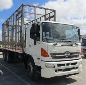2013 Hino FM500 6 x 4 Tyre Truck Automat