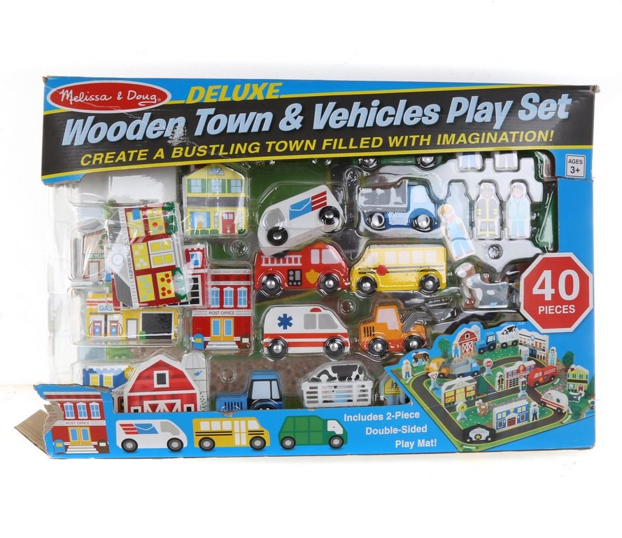 Wooden Town & Vehicle Play Set 40pcs, Incl; Double Sided Play Mat. N.B. Pac