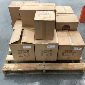 Pallet of Assorted Light Fittings