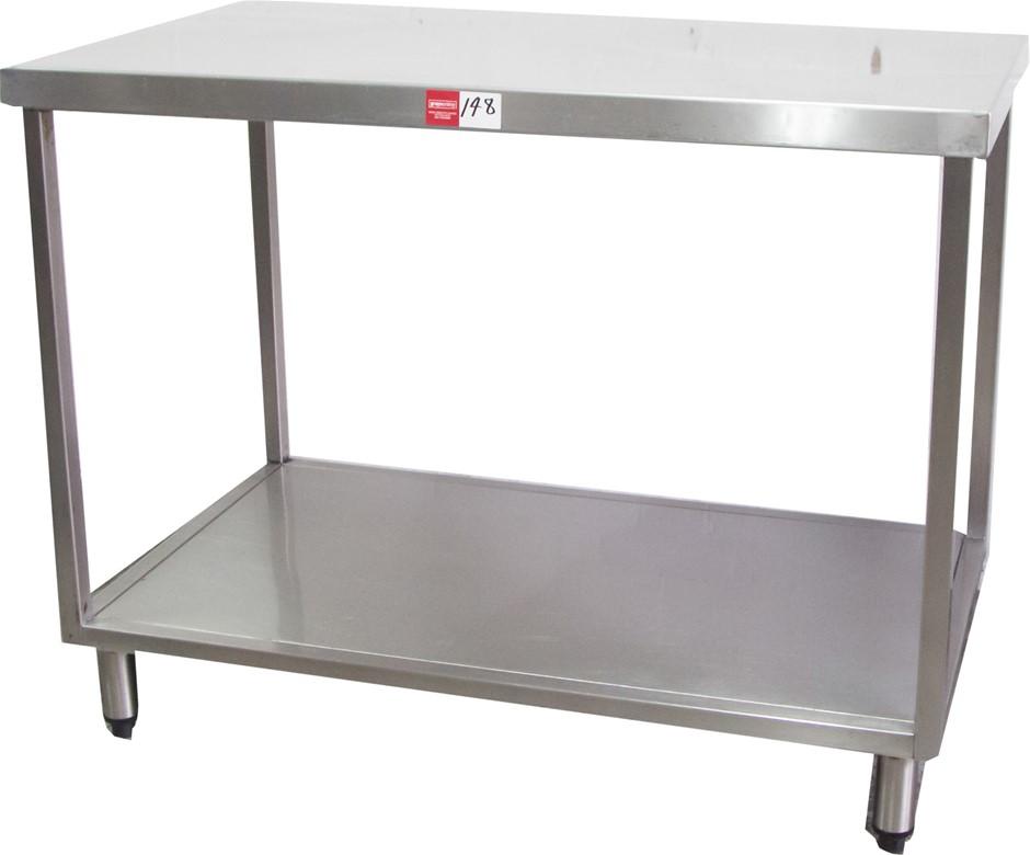 S/Sl Kitchen Preparation Bench with Stainless Steel Stand Undershelf