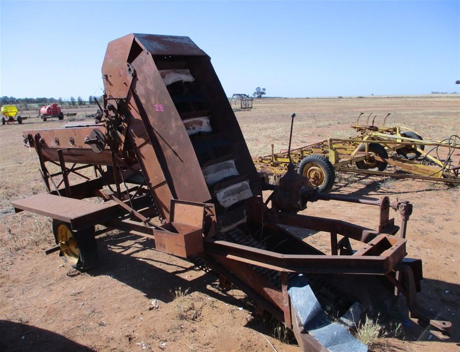 Steel Fabricated Rock Pick Up Machine