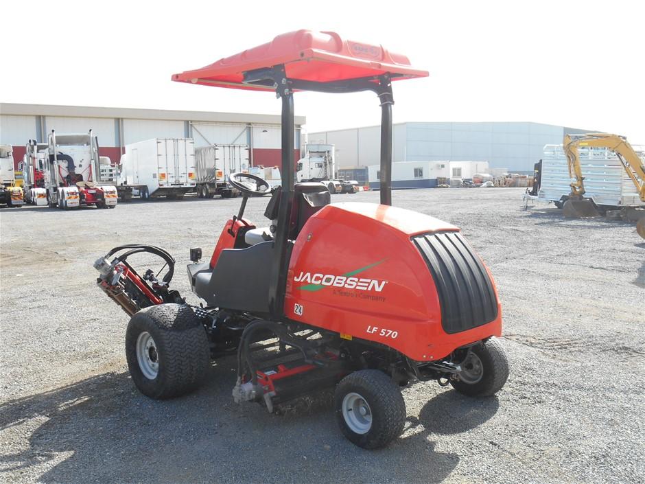 Jacobsen LF570 Lightweight Large Area Reel Mower