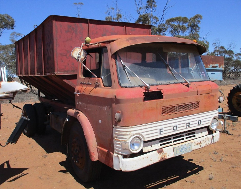 Ford D-Series Cab Chassis