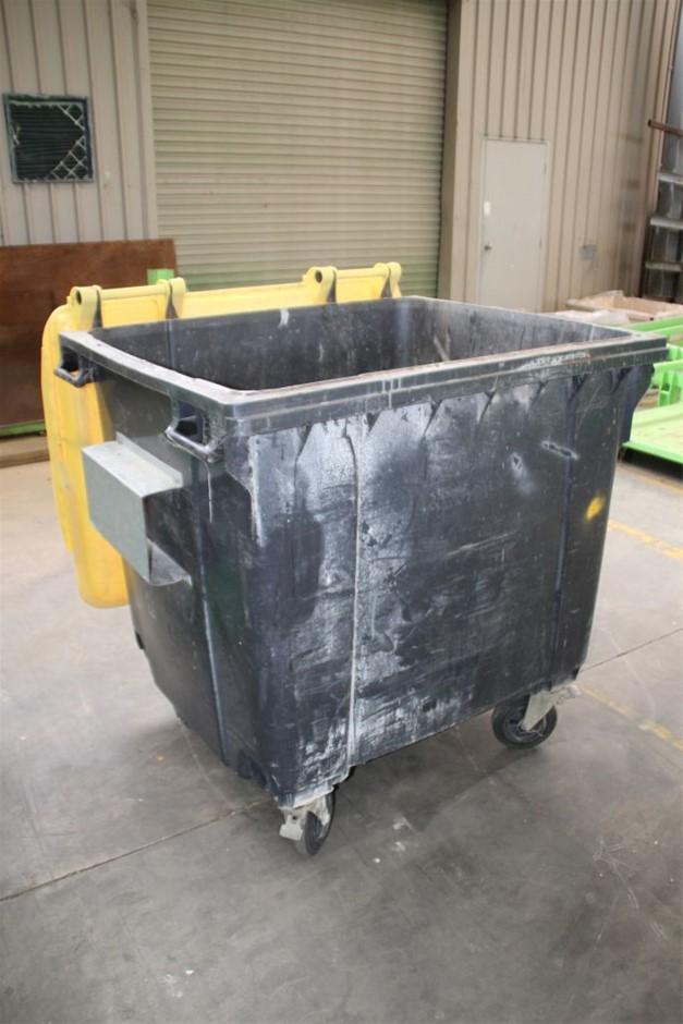 1100Ltrs Mobile Commercial/Industrial Waste Bin