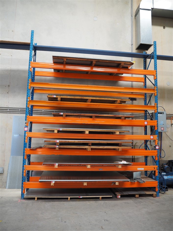 Freestanding Bay of Dexion Pallet Racking