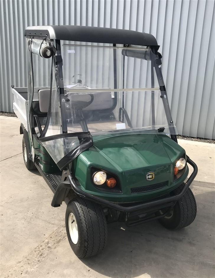 2013 Cushman EZGO Hauler 1200 PETROL Utility Golf Cart (2842177) Pe