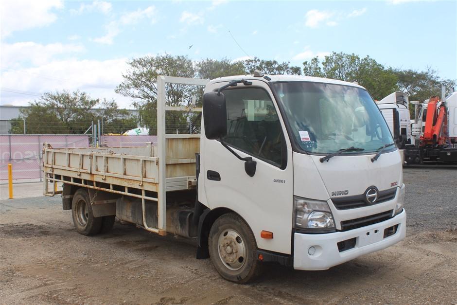 2012 Hino 300 4 x 2 Tray Body Tipper Truck, 55,148km