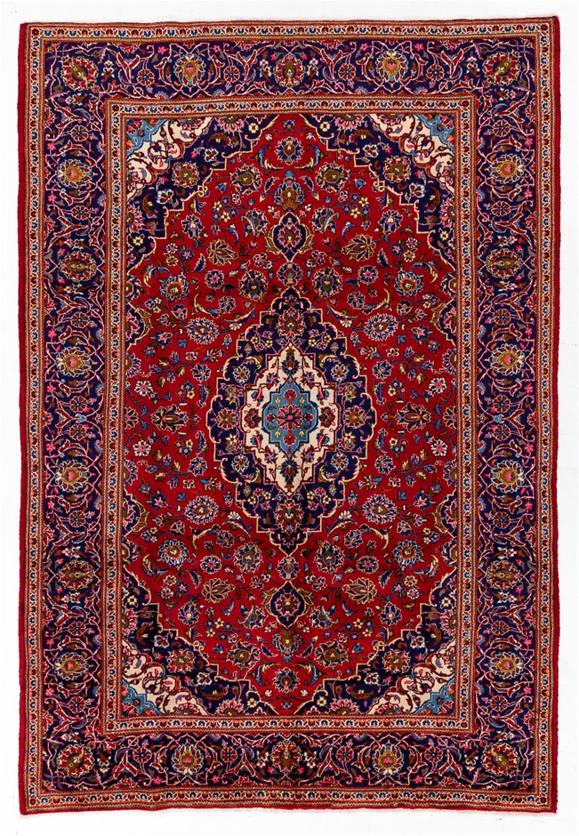Persian Kashan Hand Knotted 100% Wool Pile Size (cm): 245 x 360