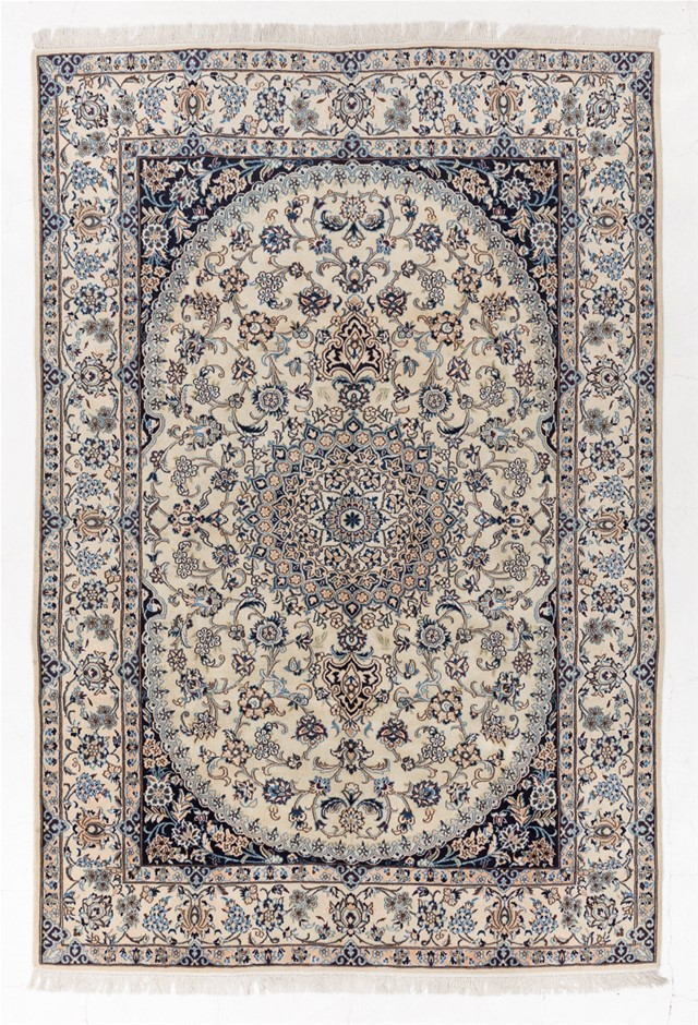 Persian Nain Hand Knotted 100% Wool pile Size (cm): 193 x 285