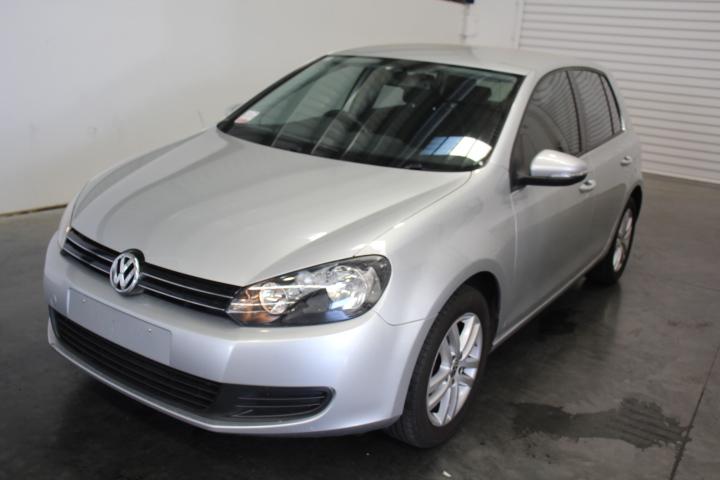 2010 Volkswagen Golf 118TSI Comfortline Automatic Hatchback 74,884km