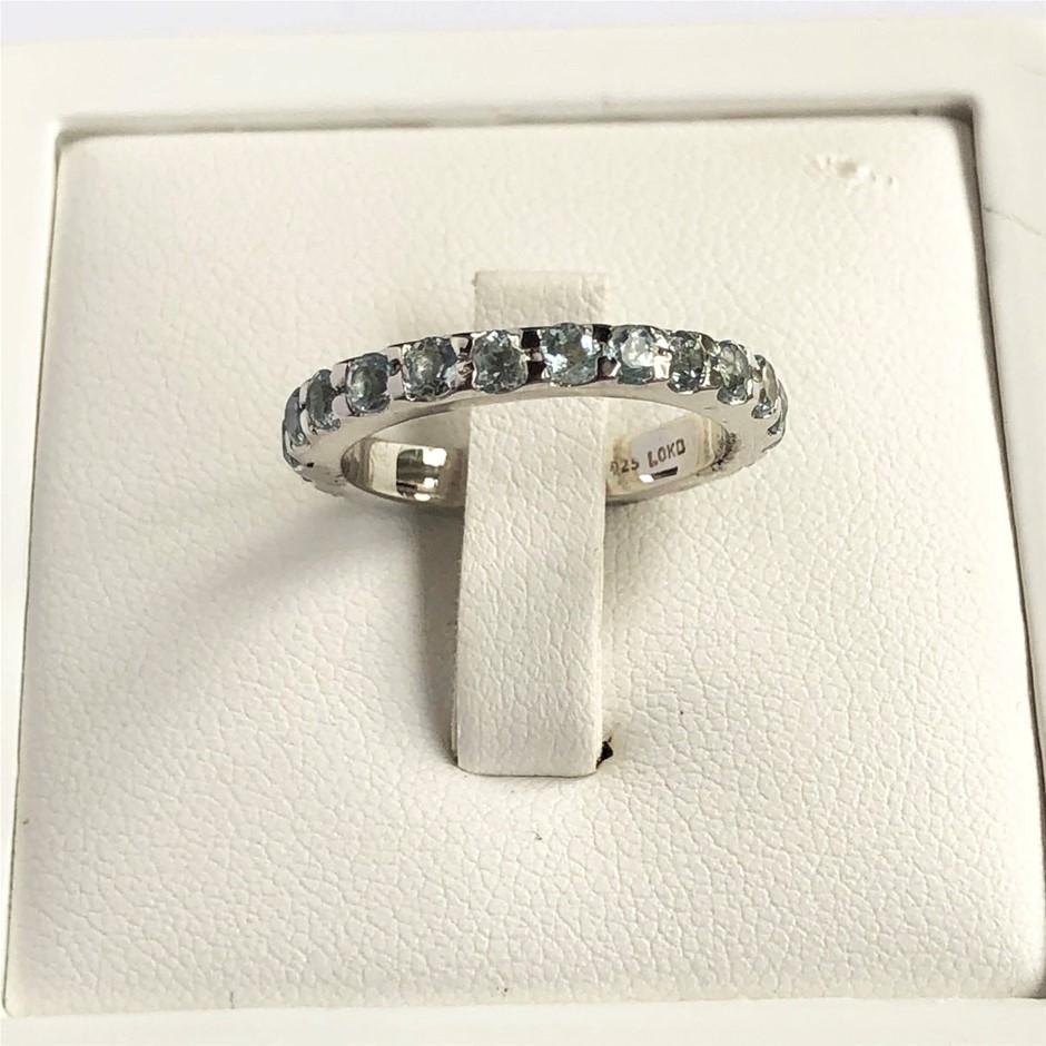 Elegant 925 Sterling Silver Blue Topaz Ring