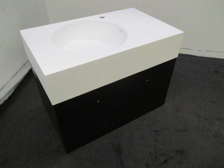 99400 Bathroom Basin & Cabinet
