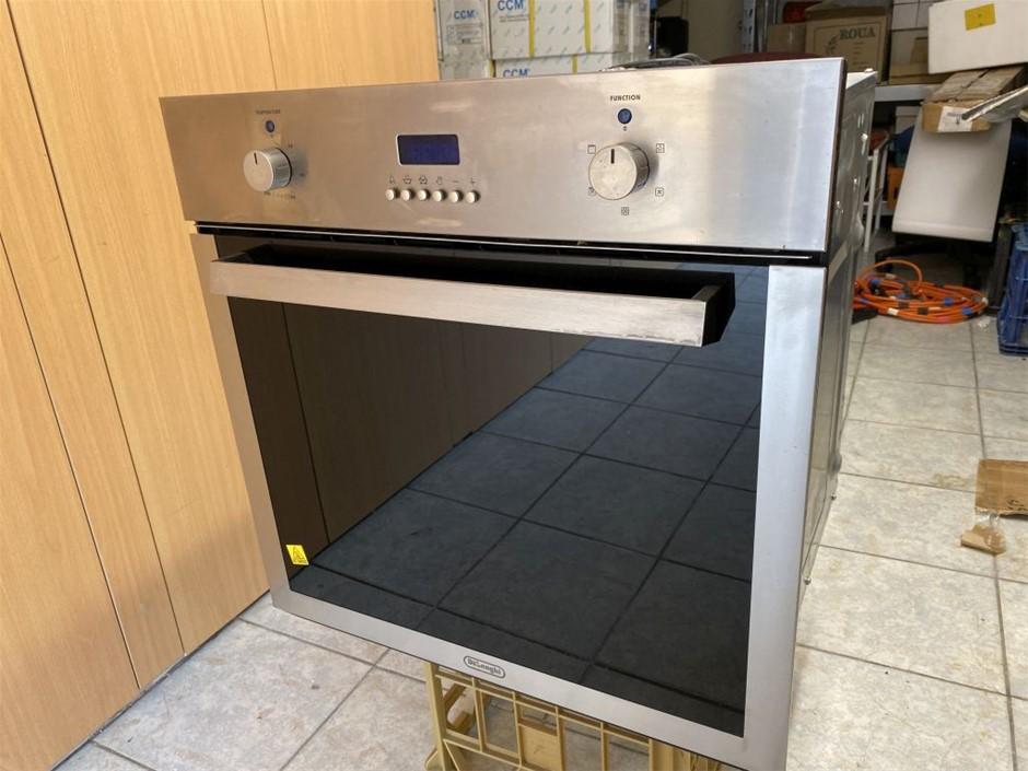 Delonghi Wall Oven 600X600mm Ex-Demo (266813-1)