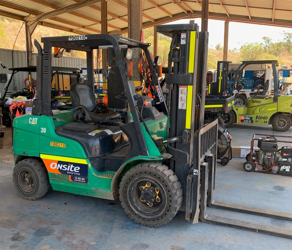 2005 CAT DP30NT 3T 3.0m Diesel Forklift - Gladstone