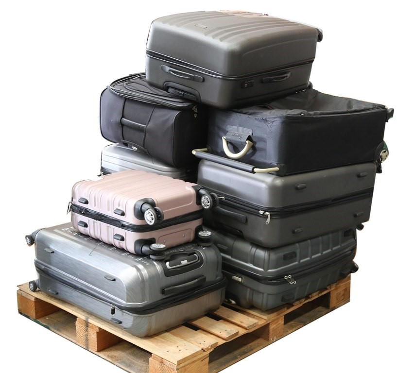 8 x Assorted Travel Cases, SAMSONITE, TOSCA. N.B. Most have damage. (SN:CC4