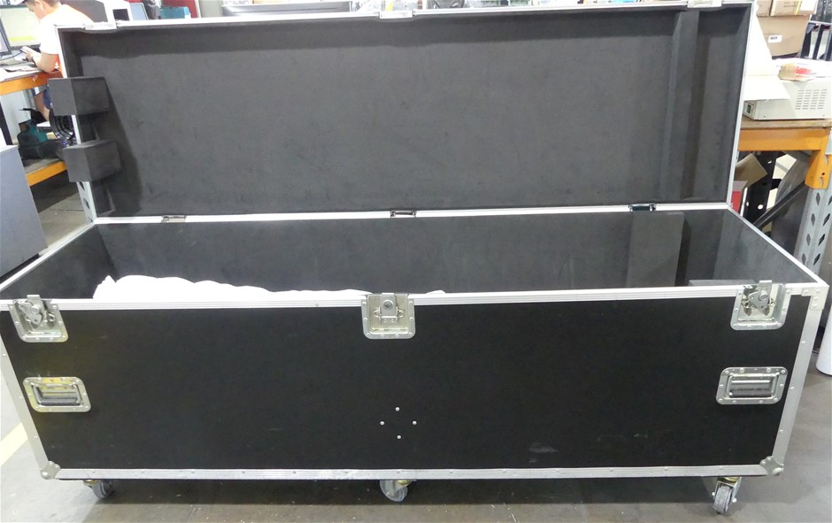 Road Case with 2 x Large Outdoor Projector Screens