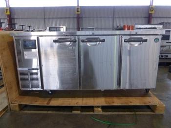 Hoshizaki RTC-167SDA-GN Undercounter Refrigerator