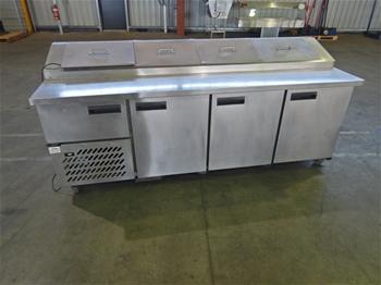 Anvil UBP 2400 Pizza Preparation Cabinet