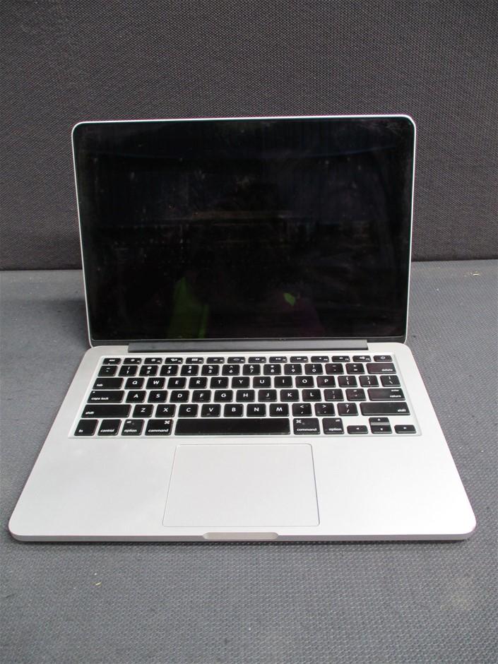 Apple MacBookPro12,1 13.3-inch Notebook