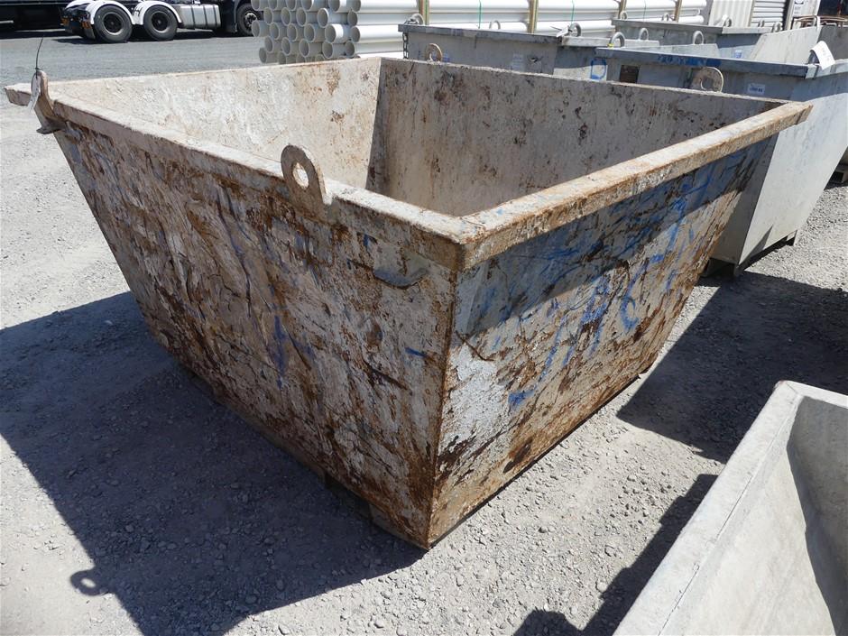 2010 Toro Steel Self Dumping Bin Build Date: 2010 Mak