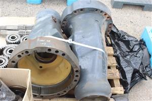 Komatsu WA-470 Rear Diff Components