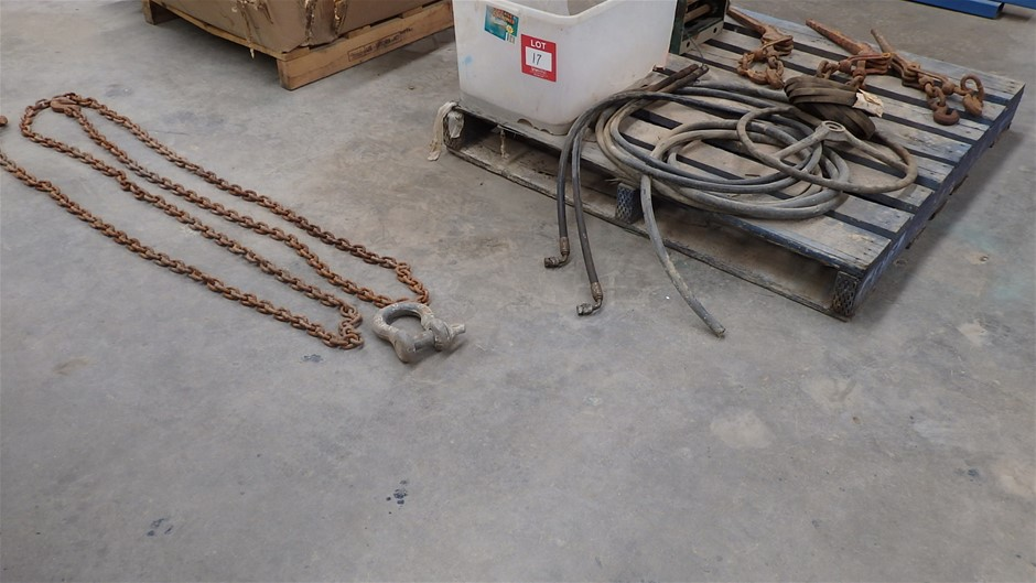 Pallet Comprising Jarrett Synergy Hand Winch, Lifting Chains & Dogs
