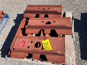 Caterpillar Track Shoes Lot Of X7