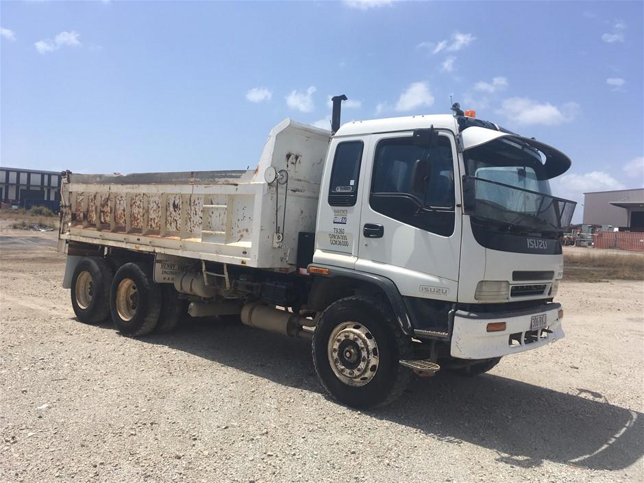 2000 Isuzu 1400 FVY Series Tipper Truck