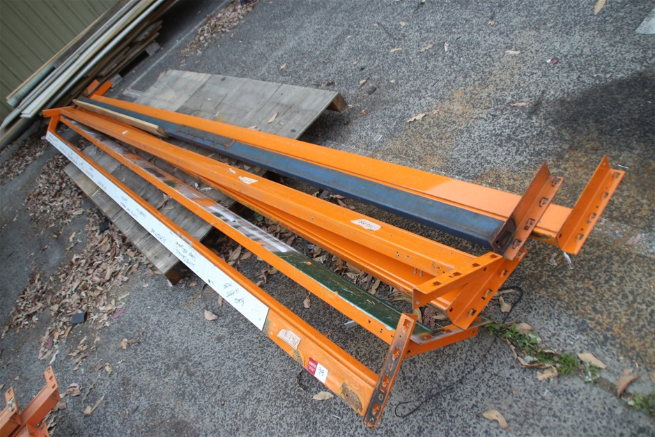 5 x Assorted Dexion Pallet Racking Load Beams Approx: 5 x 4850m