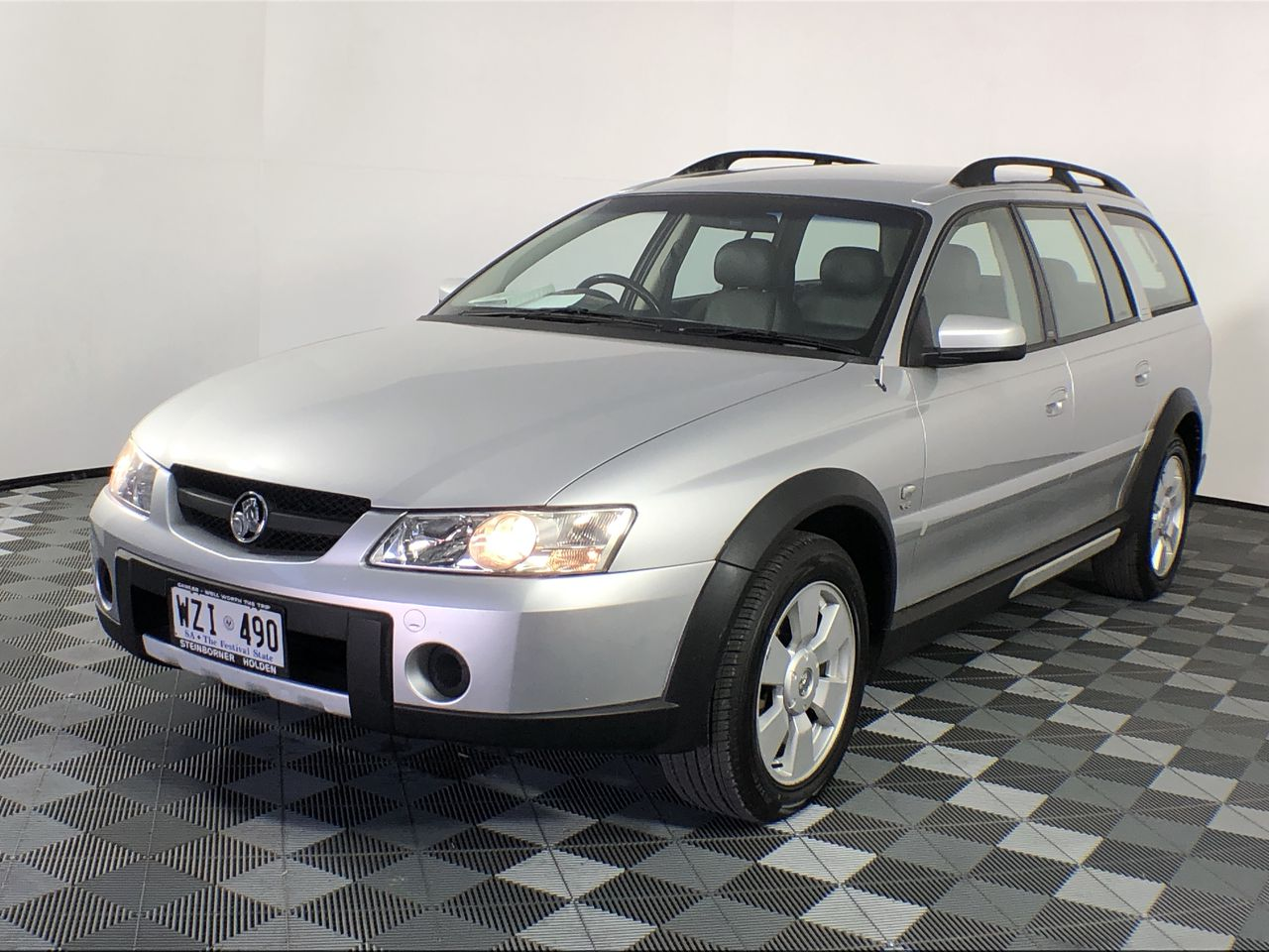 2003 Holden Adventra CX8 Y Series Automatic Wagon