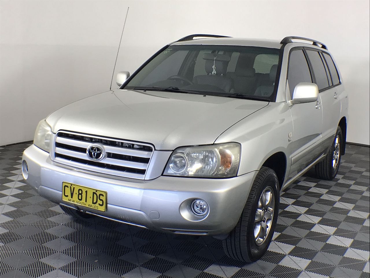 2004 Toyota Kluger CVX (4x4) Automatic 7 Seats Wagon