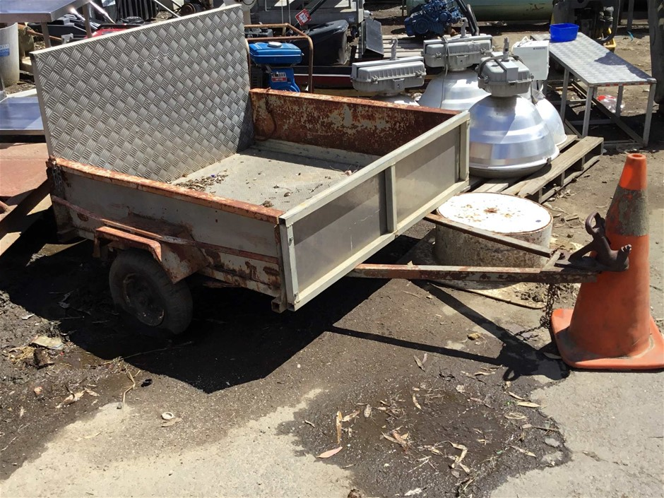 Single Axle Trailer with Drop Down Aluminium Ramp