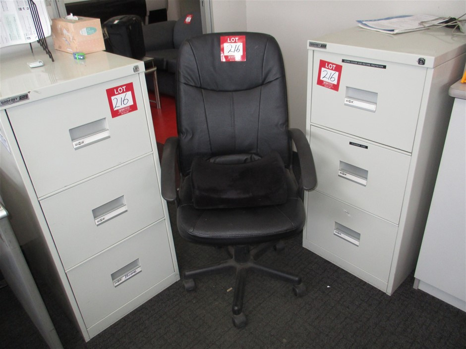 2x 3 Drawer Filing Cabinets