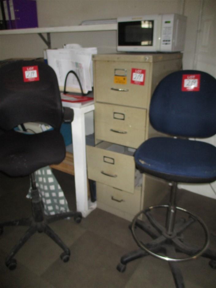 3x Filing Cabinets