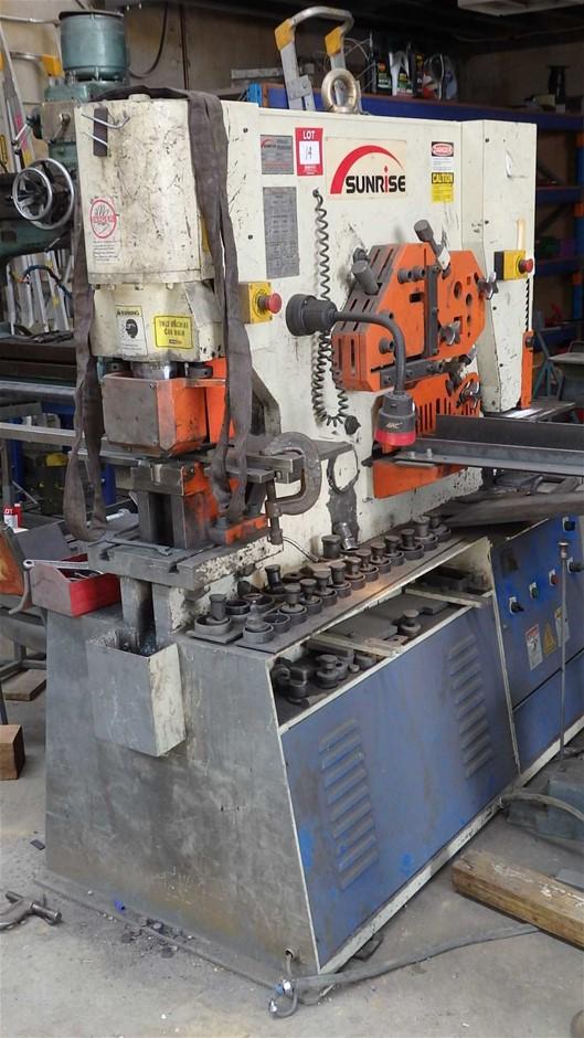 Sunrise Hydraulic Ironworker Punching Shearing Machine