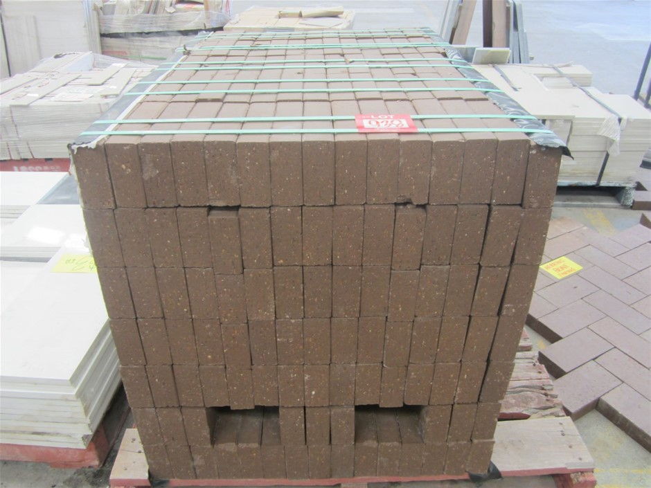Pallet of 500 Clay Brick Pavers 230mm x 115mm x 50mm