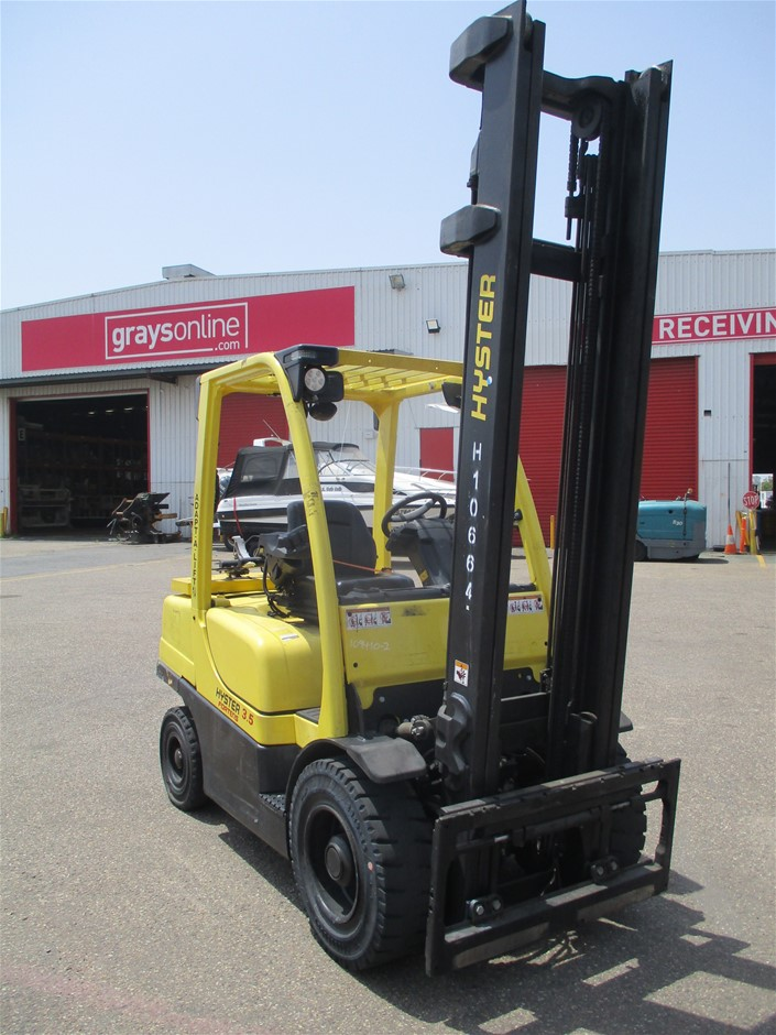 2014 Hyster H3.5FT Counterbalance Forklift