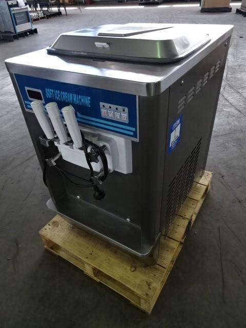 2015 IM818Y Soft Serve Machine (Pooraka, SA)