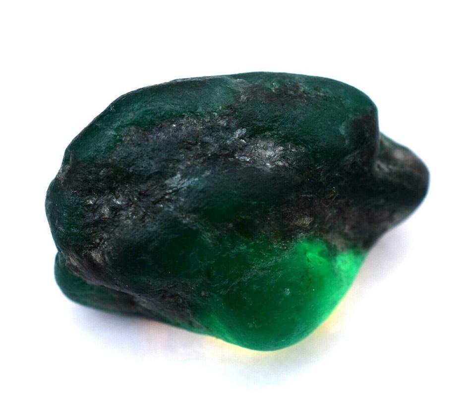 79.0 ct. Rough Shape Green Emerald