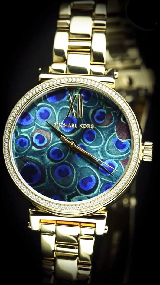 Stunning new Michael Kors Couture NY ladies 'peacock' watch.