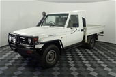 Unreserved 2006 Toyota Landcruiser (4x4) Manual Cab Chassis