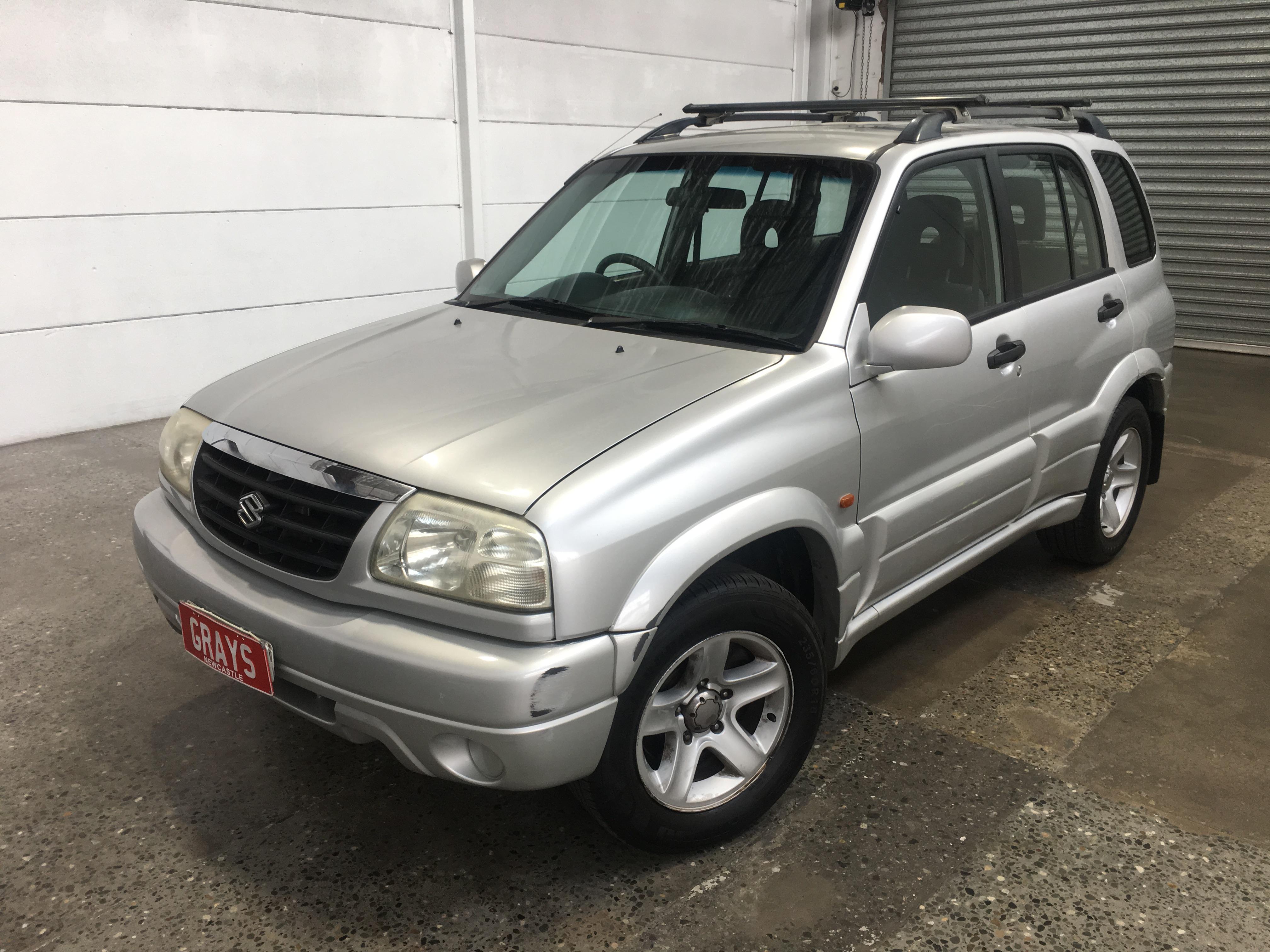 2004 Suzuki Grand Vitara Sports (4x4) Manual Wagon