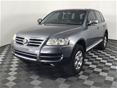 2005 Volkswagen Touareg V6 Luxury 7L Automatic Wagon