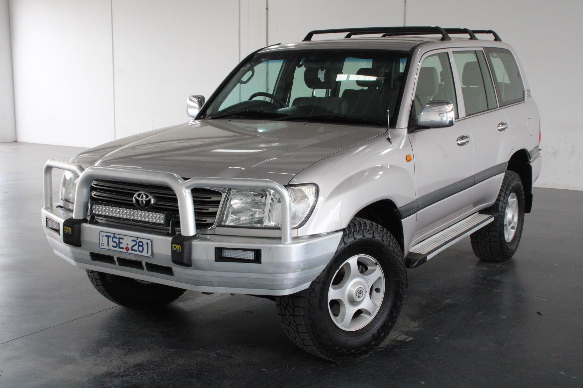 2003 Toyota Landcruiser GXL (4x4) UZJ100R V8 Dual Fuel Auto 8 Seats
