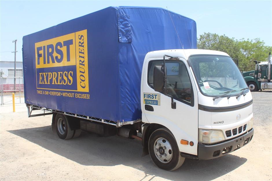 2004 Hino Dutro Turbo Diesel Tray Body Truck (Ex Fleet)
