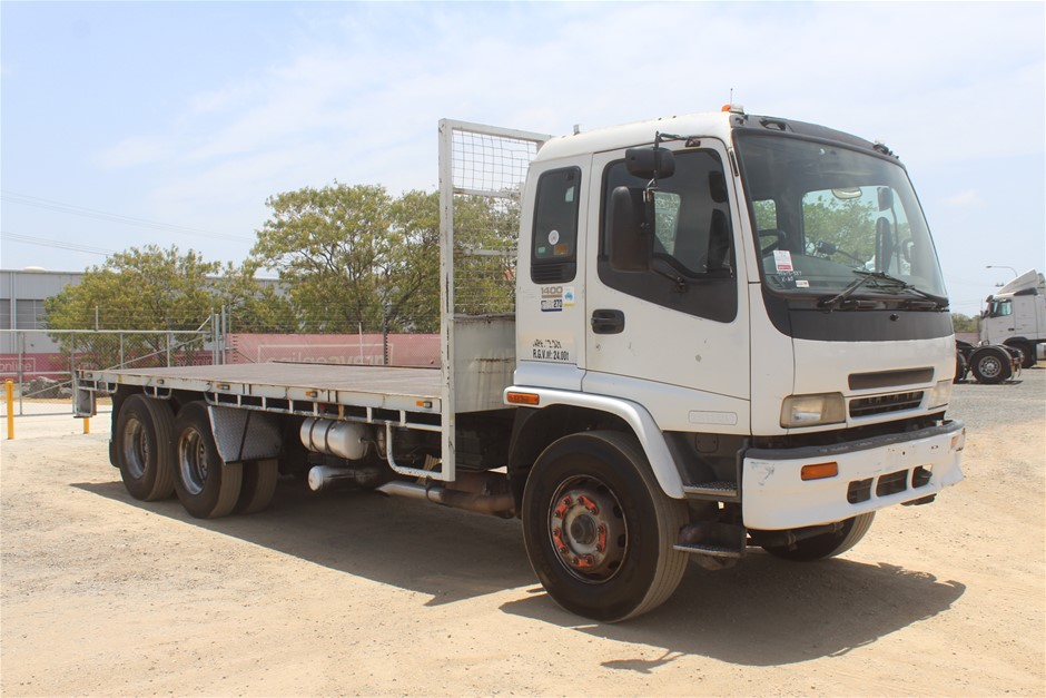 2002 Isuzu FVZ1400 6 x 4 Auto T/Diesel Tray Body Tailgate Loader (Ex Corp)