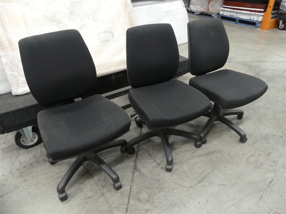Qty 3 x Black Gas Lift Office Chairs