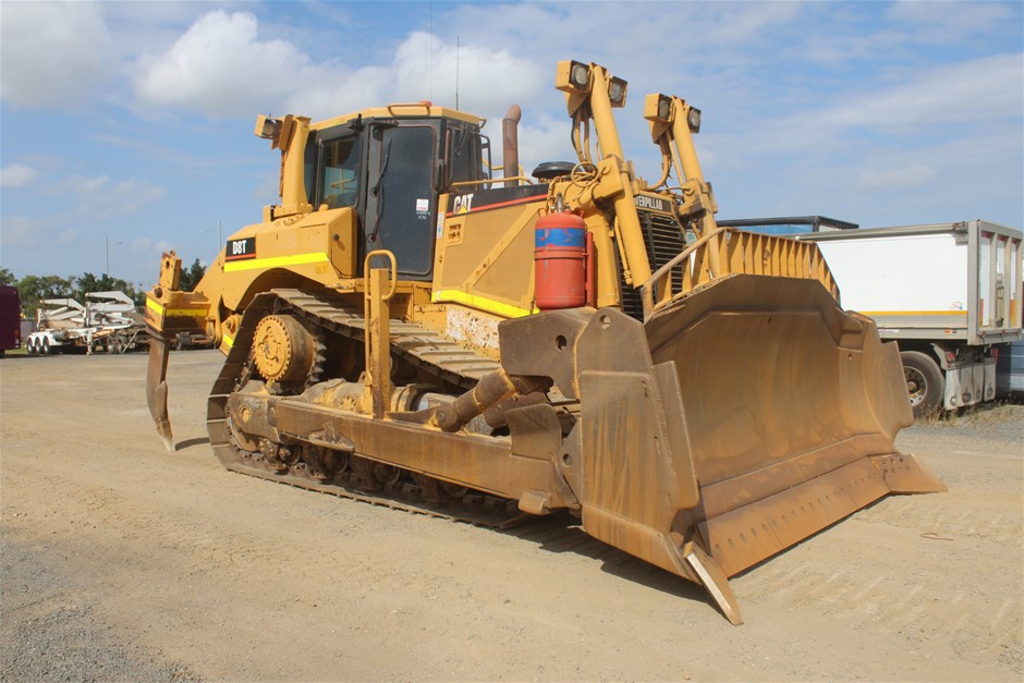 2005 Caterpillar D8T Crawler Dozer