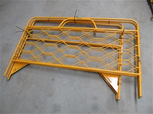 4x Sections Steel Pit / Manhole Barrier