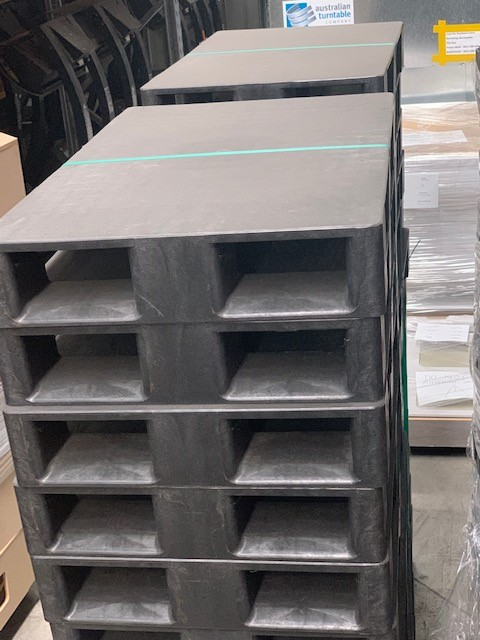 Qty 5 x Unused Plastic Pallets